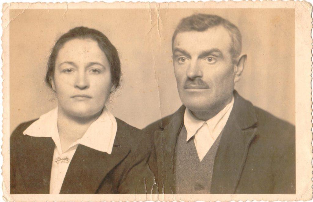 Antoni i Dorota Szylarowie pozują do zdjęcia.